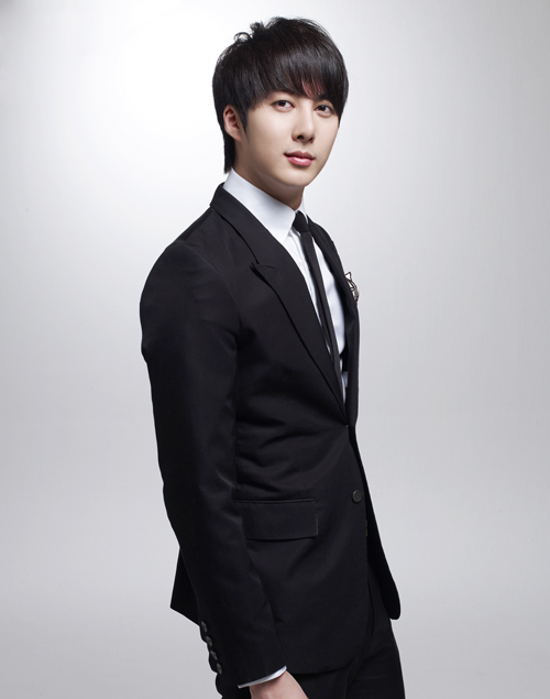 [news] Kim Hyung Jun Solo Showcase Tickets, Sold Out Within 5mins, Showing His Popularity Downlo10