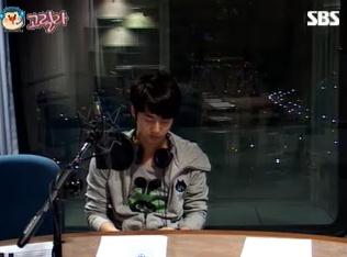 [photos] Hyung Jun on Music High (26-2-2011) Mh110