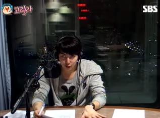 [photos] Hyung Jun on Music High (26-2-2011) Mh210
