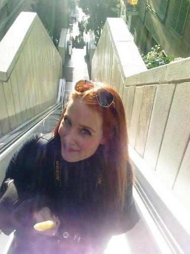 Simone's pics - Page 10 Sisi1110