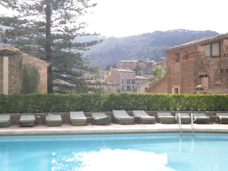 La Residencia Hotel Holida22