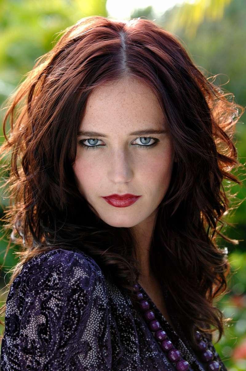 Qui pourrait jouer Morgane D'Avalon ??? Photo-10