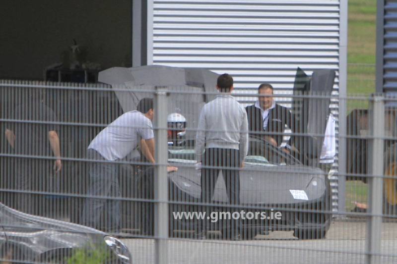 2011 - [Lamborghini] Aventador LP700-4 - Page 4 2011-l10