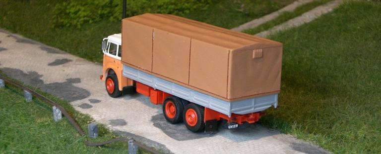 Jelcz 317  Sattelzugmaschine mit Zremb CN-165 Zementauflieger Jelcz311
