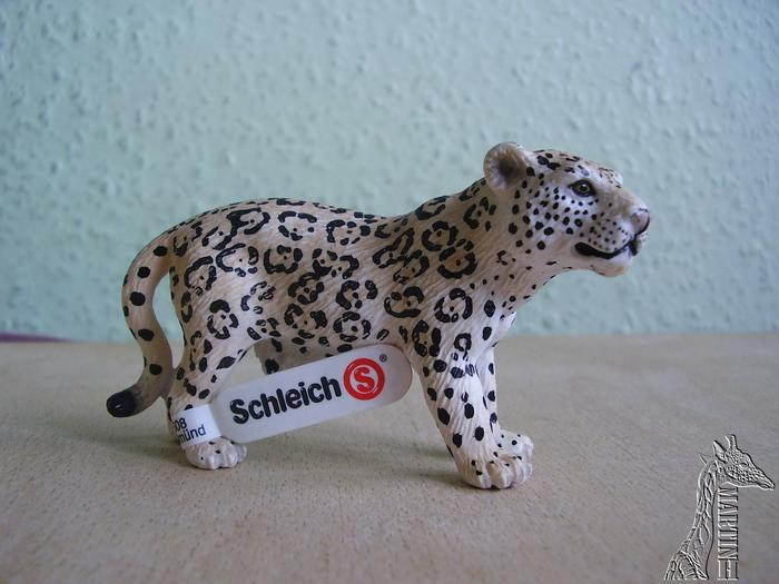 Martin's Schleich newcomers! - Page 4 P1010413