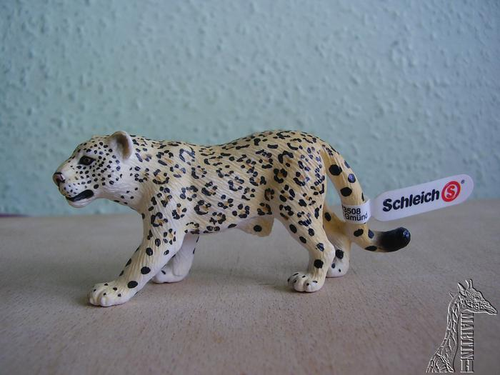 Martin's Schleich newcomers! - Page 4 Ydsfvf10
