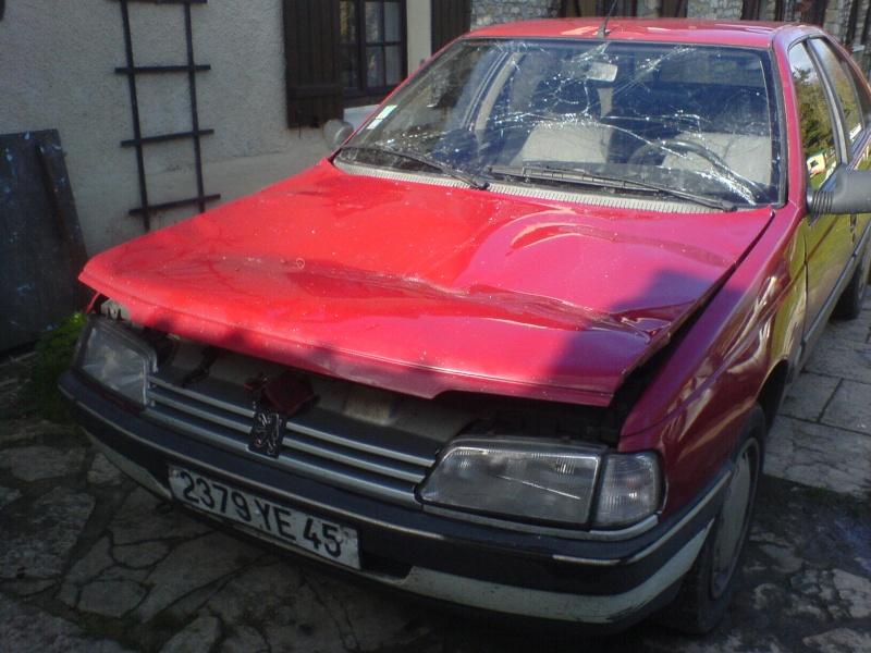 Peugeot 405 accidentées et abandonnées - Page 2 Dsc00110