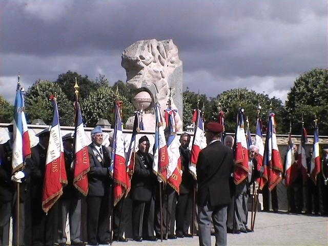 8 juin 2011 Cérémonie du Souvenir des Morts d'Indochine dans toute la France Dvc02719