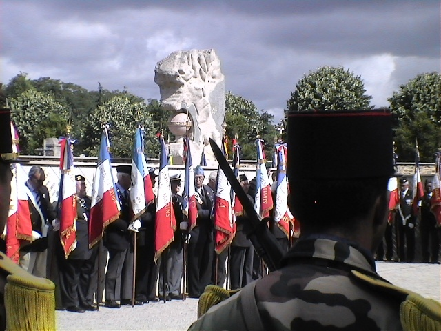 8 juin 2011 Cérémonie du Souvenir des Morts d'Indochine dans toute la France Dvc02720