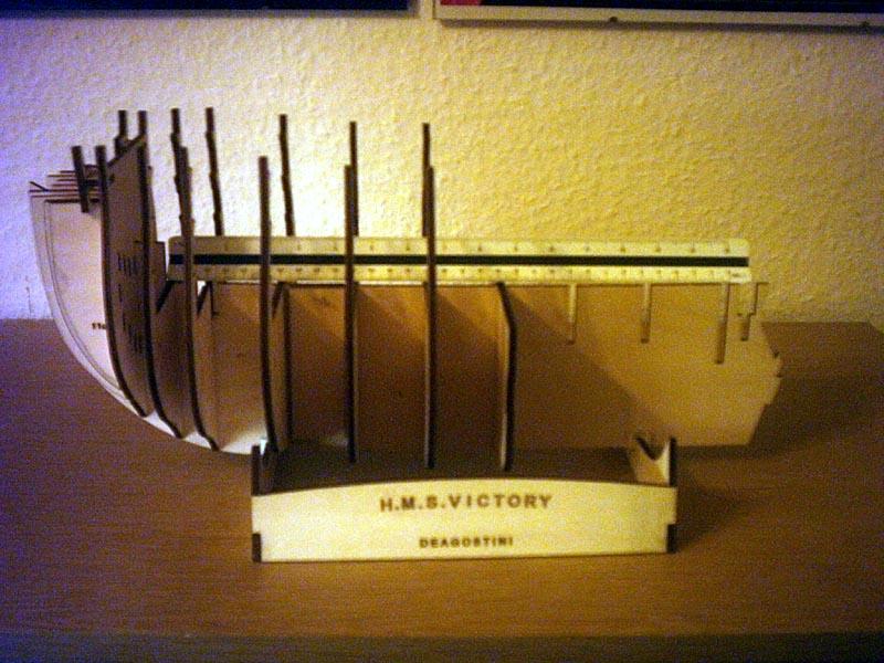 Wilfried's Baubericht zur Victory aus Holz und anderem Kram Robau110