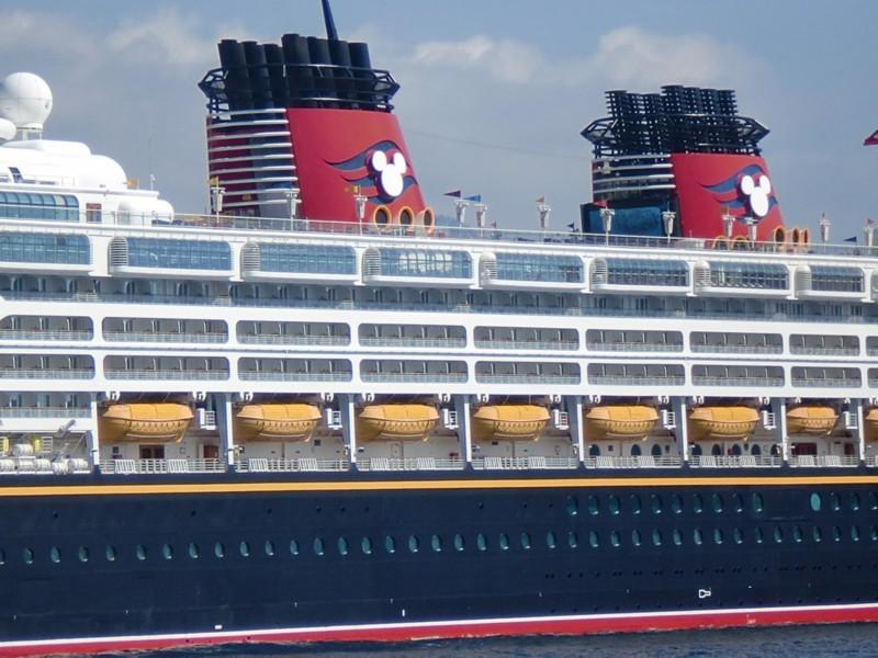 [Disney Cruise Line] De retour en Europe à partir de 2010 ! - Page 3 Antibe11