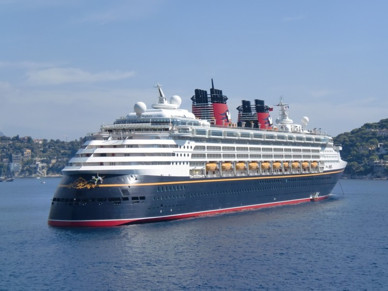[Disney Cruise Line] De retour en Europe à partir de 2010 ! - Page 3 Antibe12