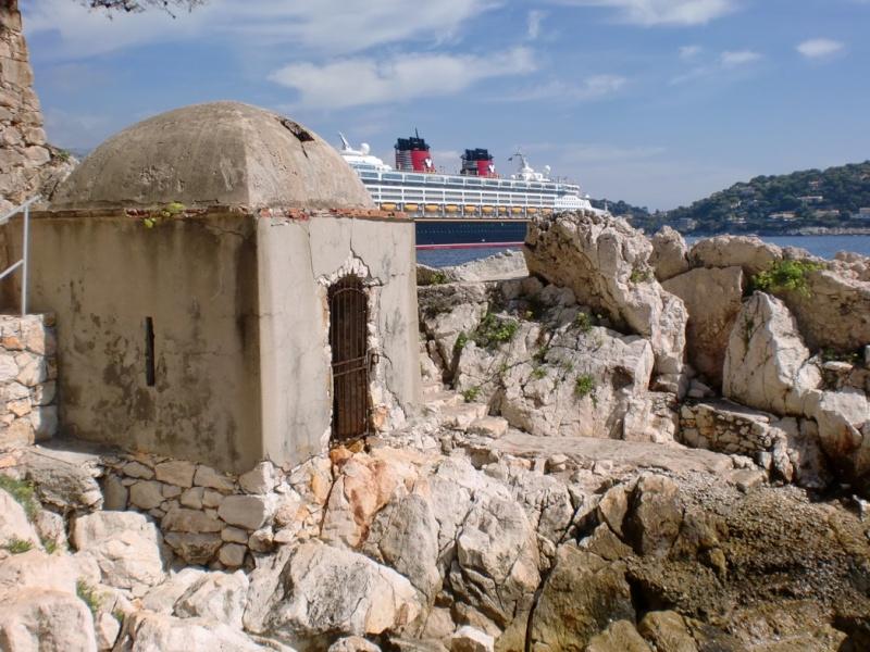 [Disney Cruise Line] De retour en Europe à partir de 2010 ! - Page 3 Antibe13
