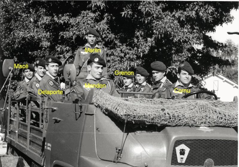 1968 - Macé Mondon et d'autres défilé 14 juillet 1968 à Pau Rasura  1er RCP Rasura10