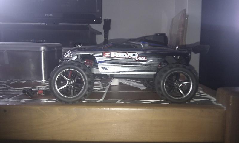 E-Revo VXL 1/16 Imag0012