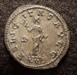 Le IIIème siècle d'aureus78 Imgp2318
