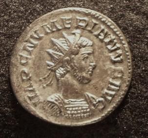 Le IIIème siècle d'aureus78 Imgp2319