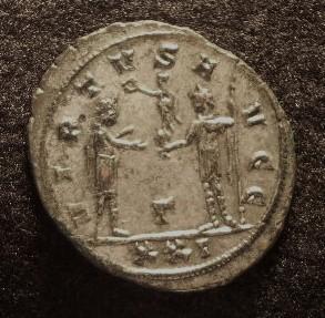 Le IIIème siècle d'aureus78 Imgp2323
