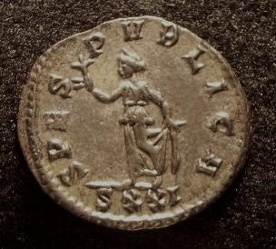 Le IIIème siècle d'aureus78 Imgp2325
