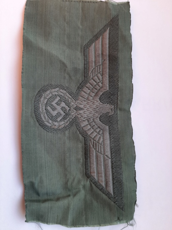 insigne national / HEER/ pour tenue vert roseau 20200252
