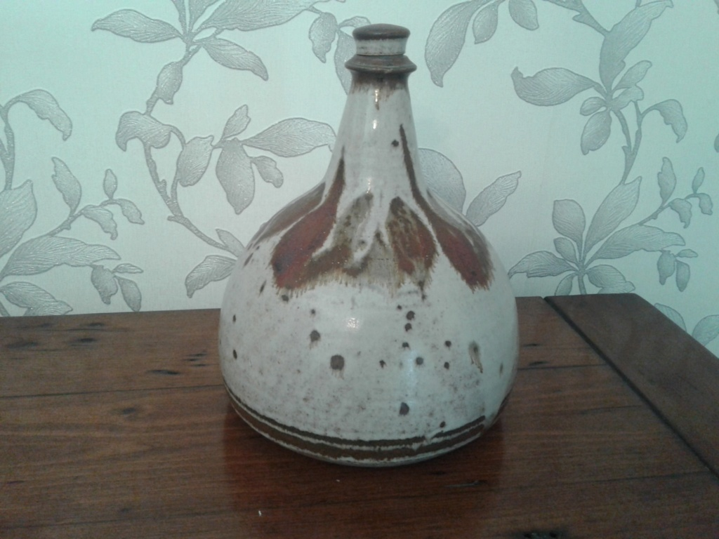 Stoneware decanter bottle, ID please 20191010