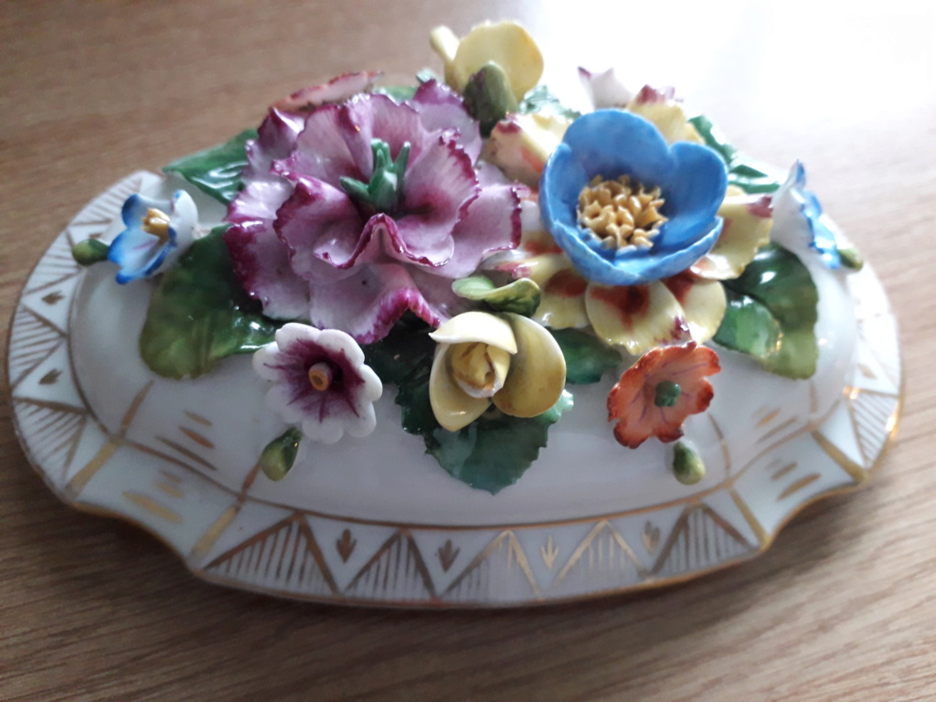 ID please flowers lid 20191113