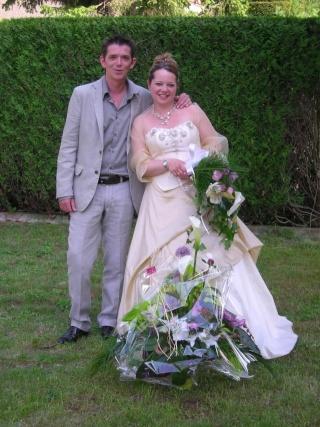 22 MAI 2010, mon mariage - 1 gosse et 10 kilos en moins... Mariag11