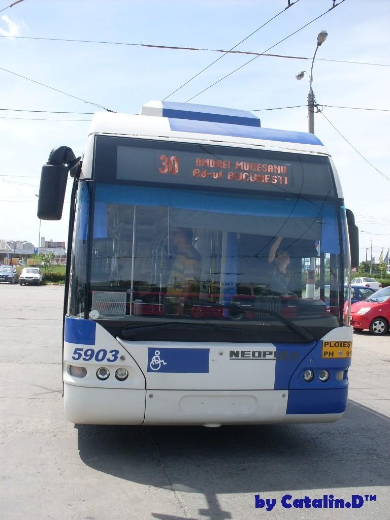 NEOPLAN N 6121 Sdc10013