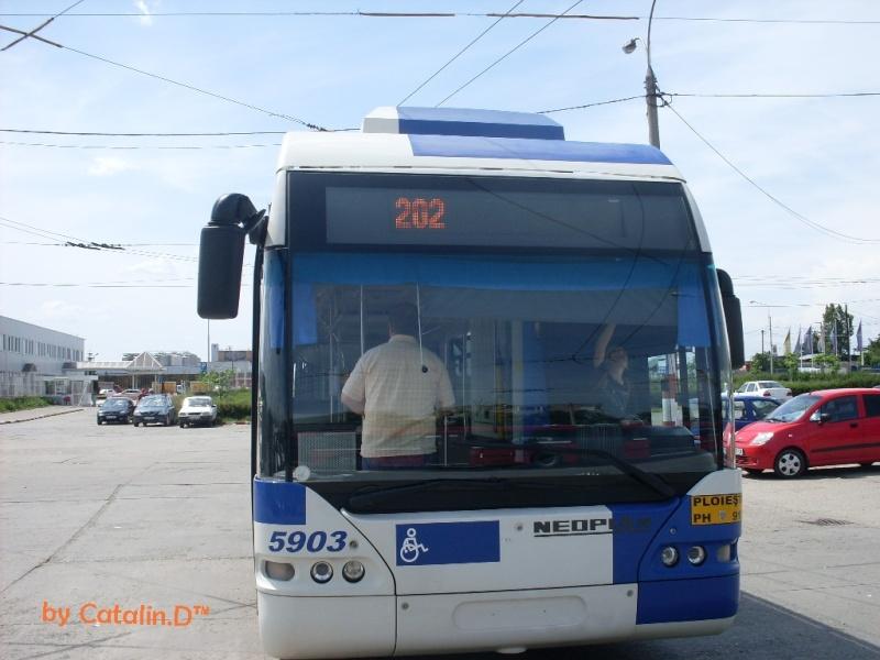 NEOPLAN N 6121 Sdc10018