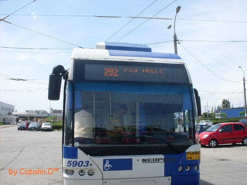 NEOPLAN N 6121 Sdc10019