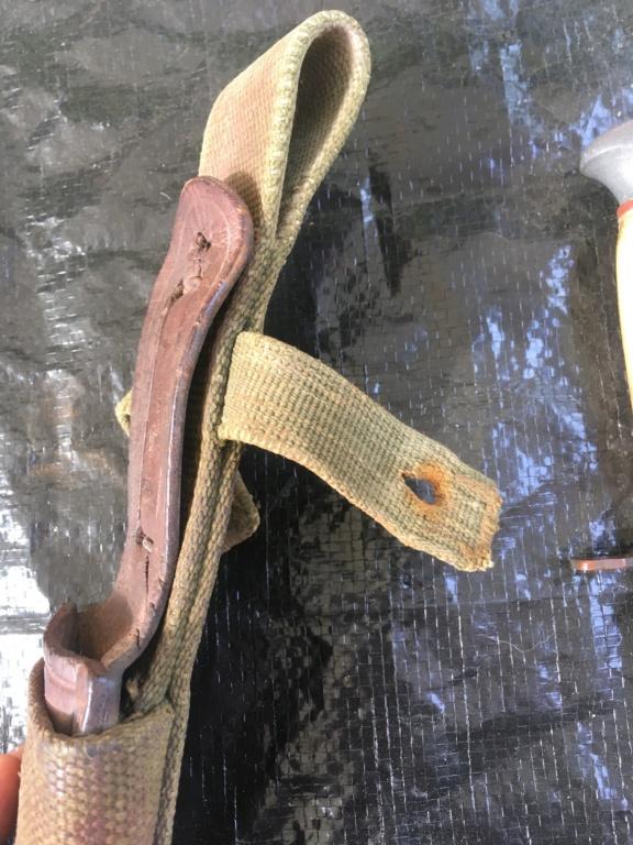 Gousset AK / couteau resistant ou chasseur  264fe710