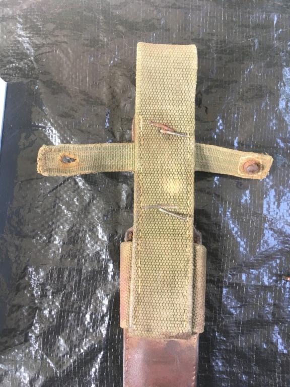 Gousset AK / couteau resistant ou chasseur  97df3e10