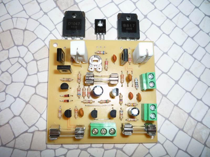 AMPLIFICADOR HIFI-ROTEL P1000910