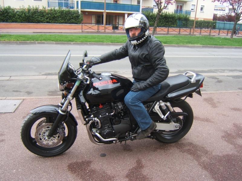 Vos plus belles photos de moto - Page 4 Dscf6511