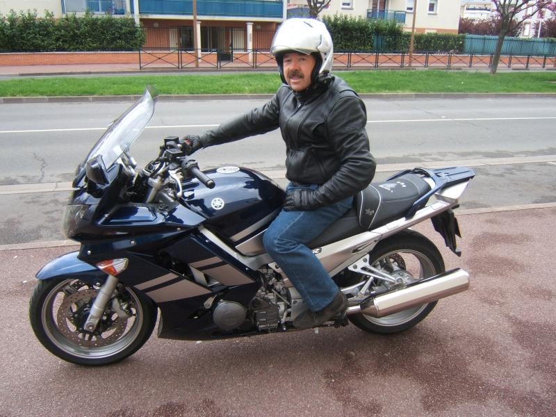 Vos plus belles photos de moto - Page 5 Dscf6512