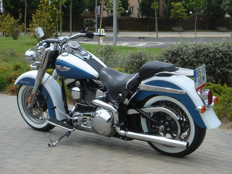 Softail Deluxe 2005 610