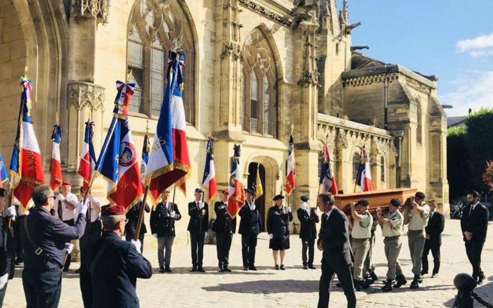 L'honneur retrouvé de Daniel Crépet, ancien militaire décoré de la croix de guerre et devenu SDF… A-a-a-12