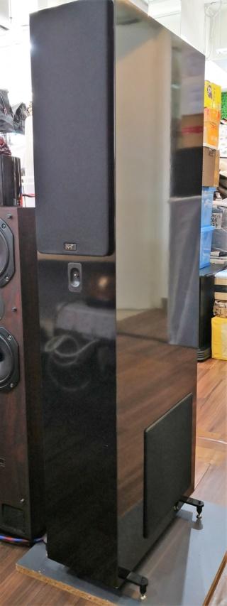 NHT VT2 Floorstand Speakers Img_2022