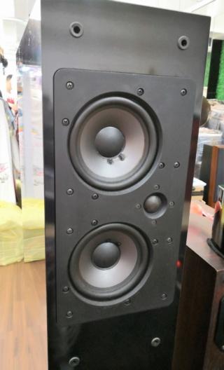 NHT VT2 Floorstand Speakers Img_2024
