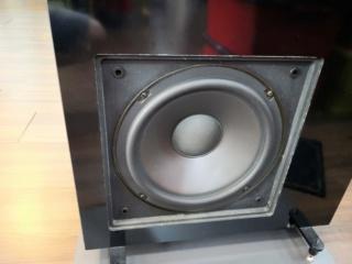 NHT VT2 Floorstand Speakers Img_2025