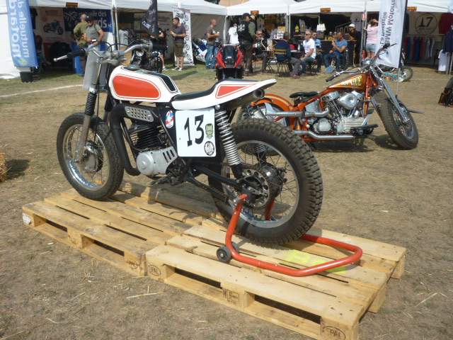 Yamaha 250 dtmx flat track ou scrambler - Page 2 P1170315