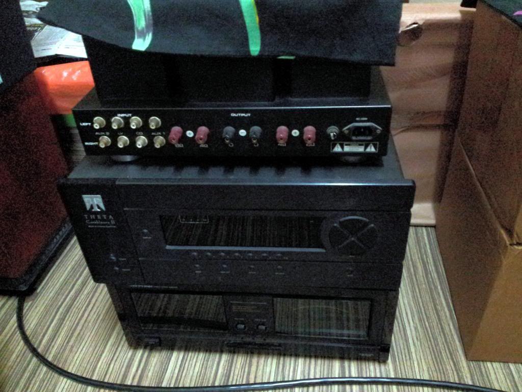 Apogee speaker community  Compon12