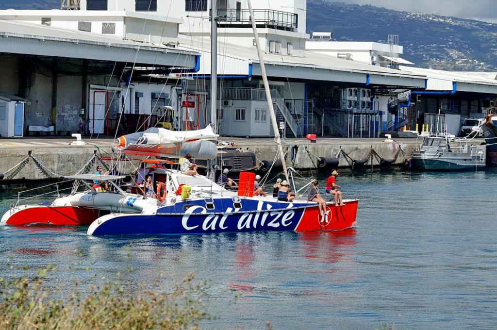 [Vie des ports] Les ports de la Réunion - Page 14 Dos_d222