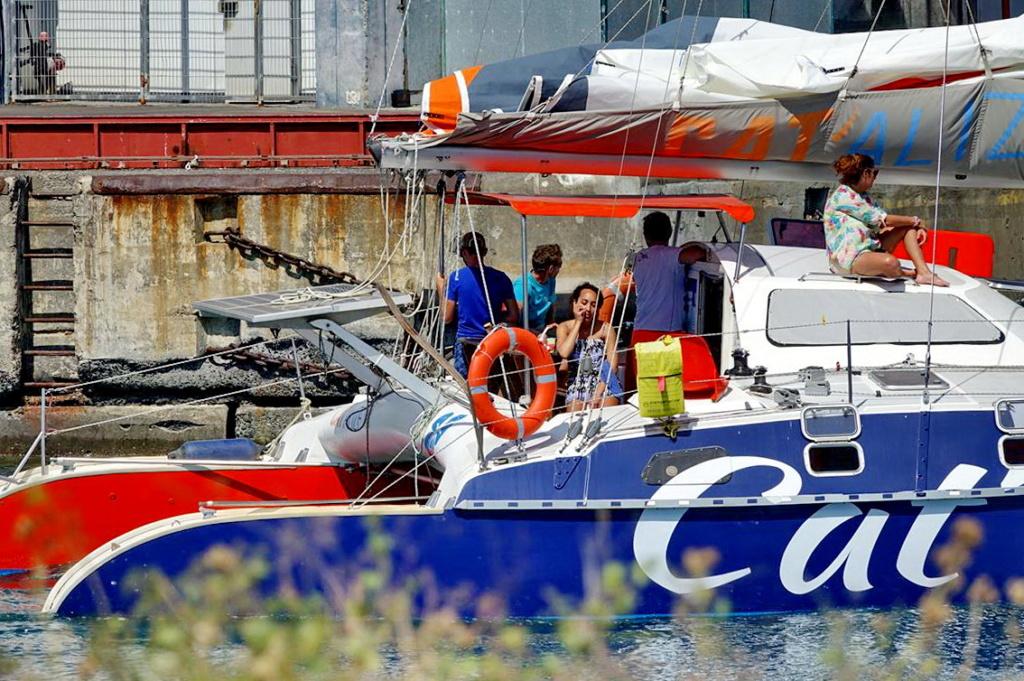 [Vie des ports] Les ports de la Réunion - Page 14 Dos_d224