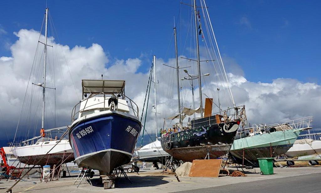 [Vie des ports] Les ports de la Réunion - Page 14 Dos_d234