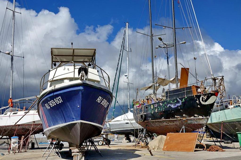 [Vie des ports] Les ports de la Réunion - Page 14 Dos_d237