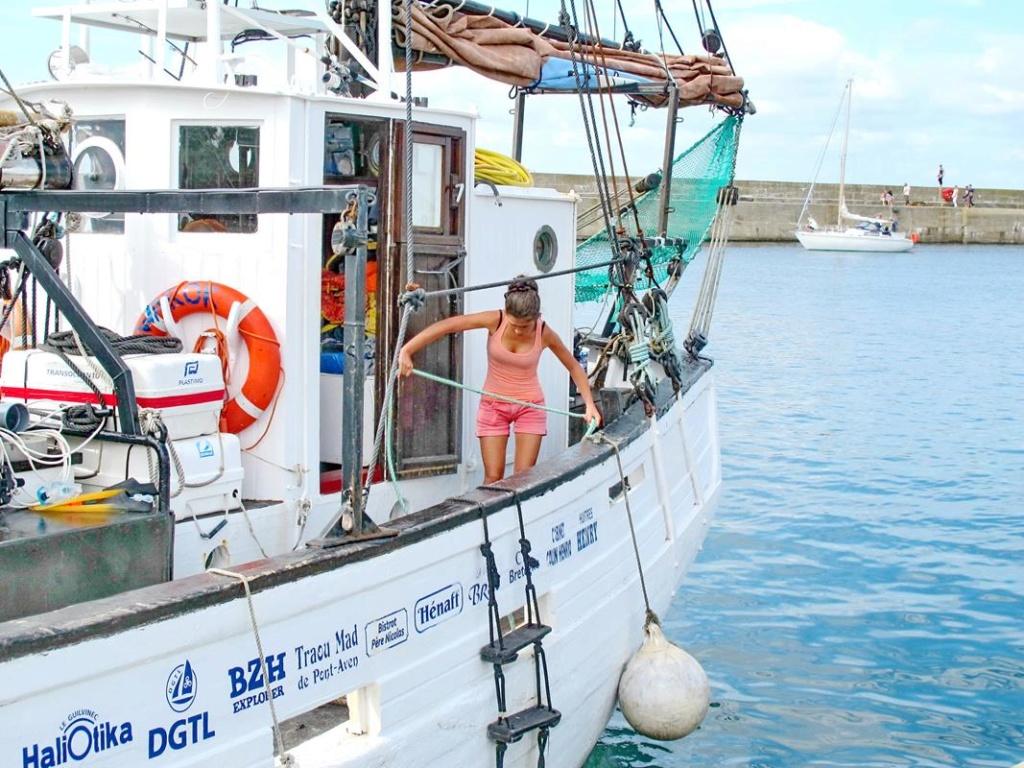 [ Marine à voile ] Vieux gréements - Page 7 Groix_14