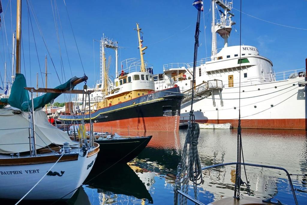 [Vie des Ports ] Port de La Rochelle  Ile_d104