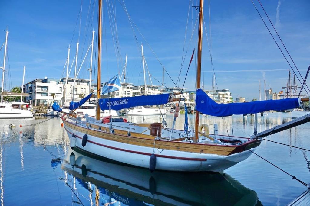 [Vie des Ports ] Port de La Rochelle  Ile_d109