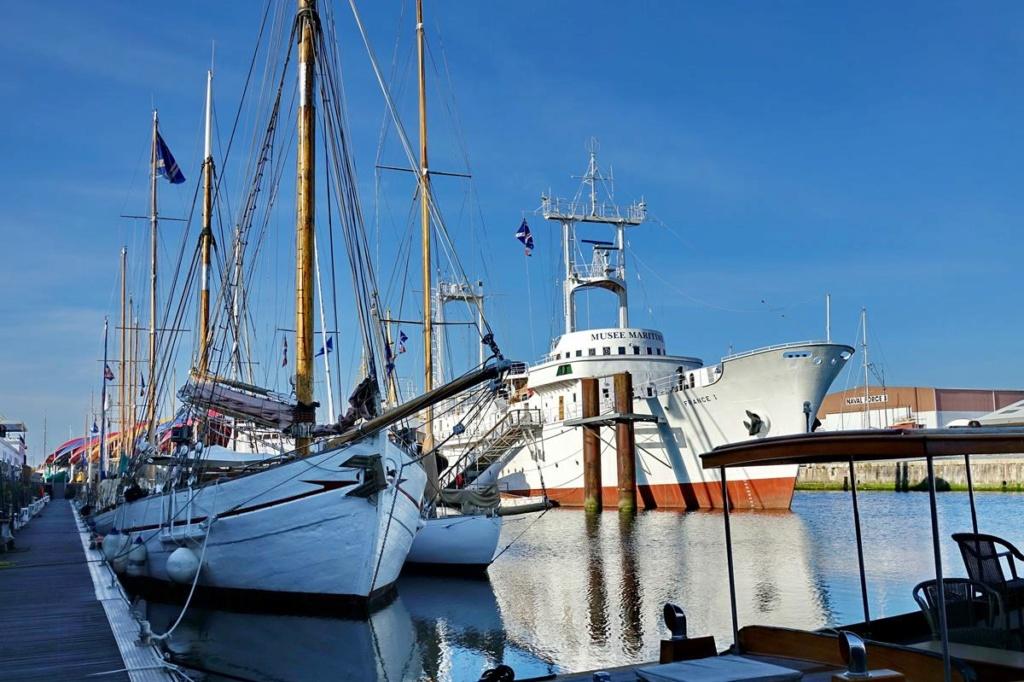 [Vie des Ports ] Port de La Rochelle  Ile_d110